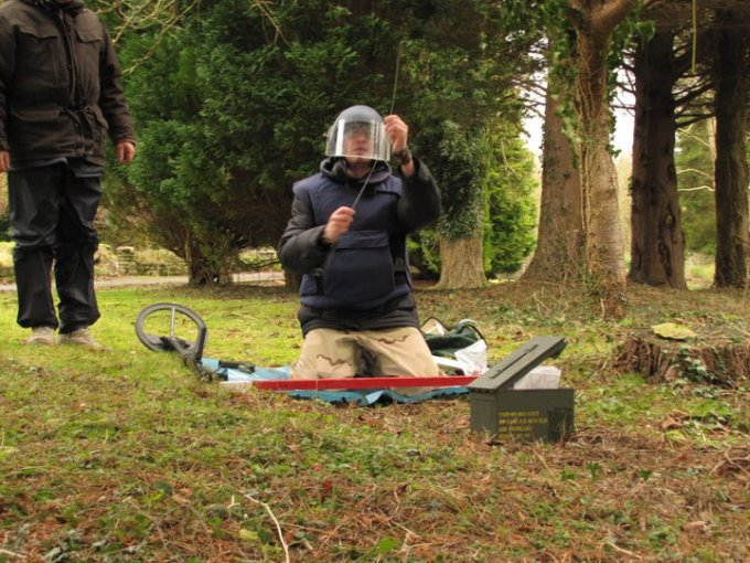 Trip Wire feeling, EOD Training, Wiltshire, ISSEE, UK