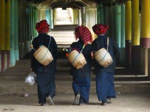 Hmong Girls, Inle Lake, Myanmar, Burma